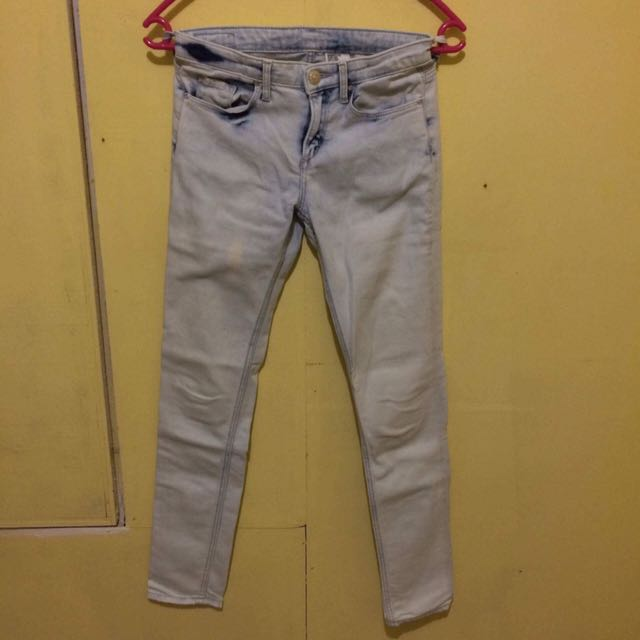 H&M Washed Jeans