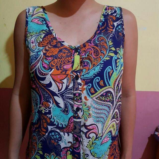 Instant Vintage Sleeveless Blouse