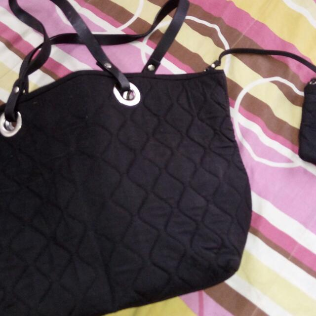 Kamiseta Quilted Shopping Tote With Pouch