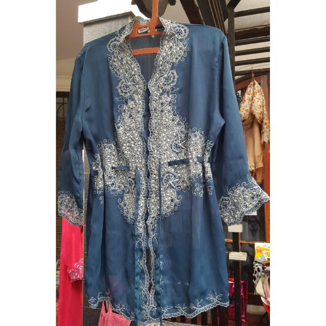 Kebaya Modern Hijau. Buy One Get One Free