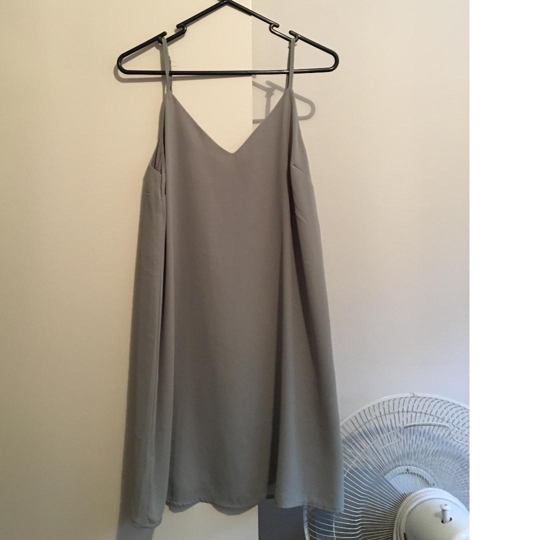 khaki dress, size xs