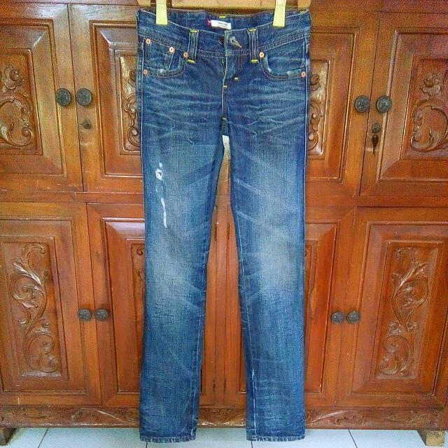 Levis Ladies Skinny Jeans 25 Authentic Original