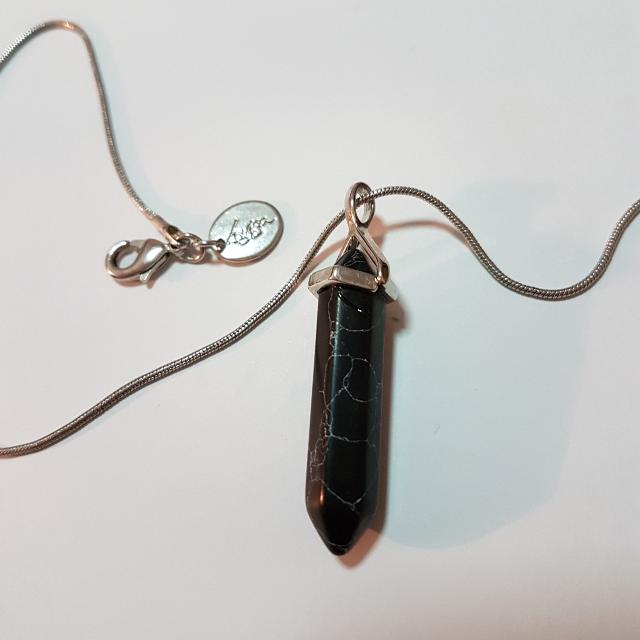 Lovisa Black Gemstone Quartz Necklace