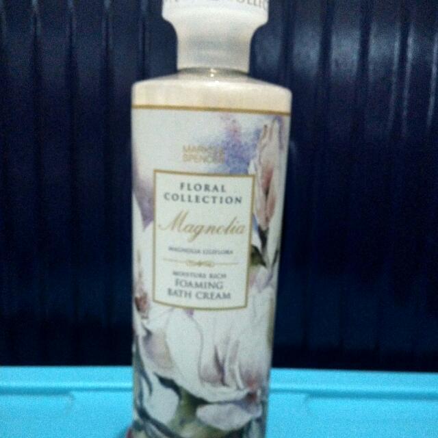 Marks and Spencer Magnolia Foaming Bath Cream