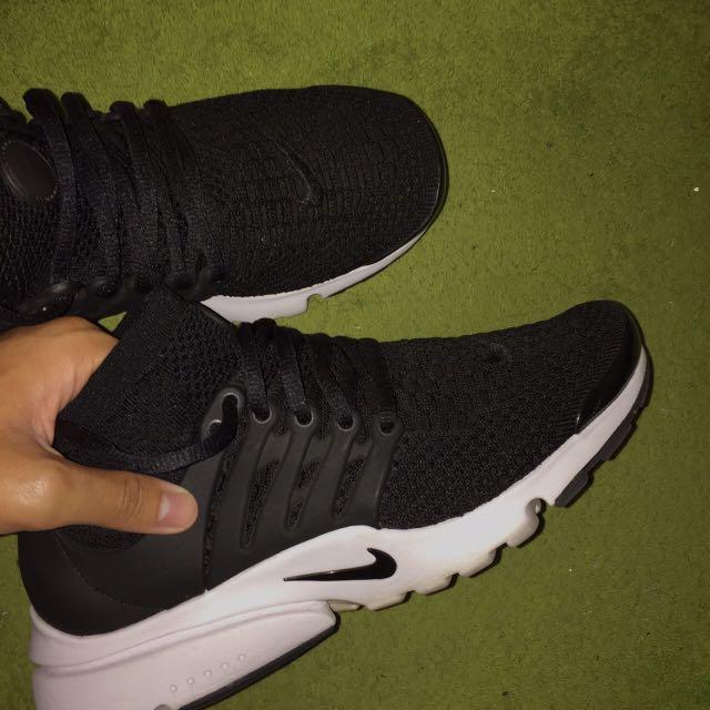 Nike魚骨
