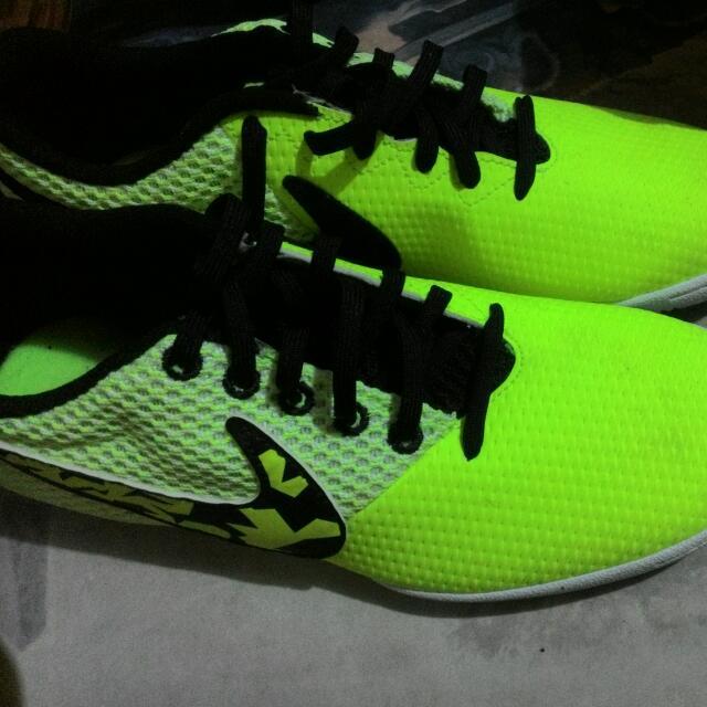 Nike 7.5 US