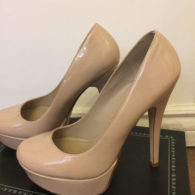 Nude Aldo heels