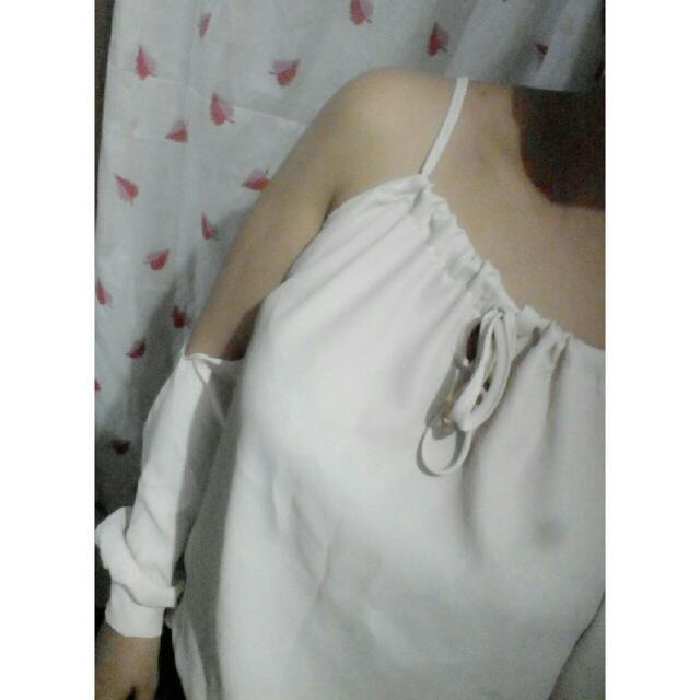 Off Shoulder - Cream