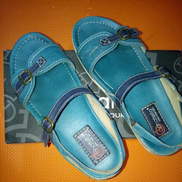"Sepatu Sandal ""Donatello"""