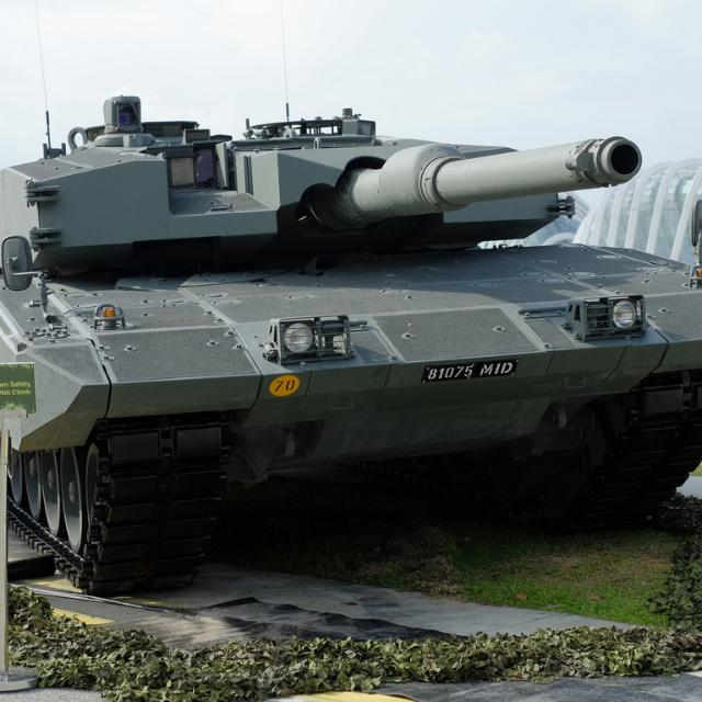 Indonesia S Fielding Of The Modernised Leopard 2 Ri Shown Firing Gives It An Advanced Mbt Force That Is Further Plemented By Its Acquisition Surplus