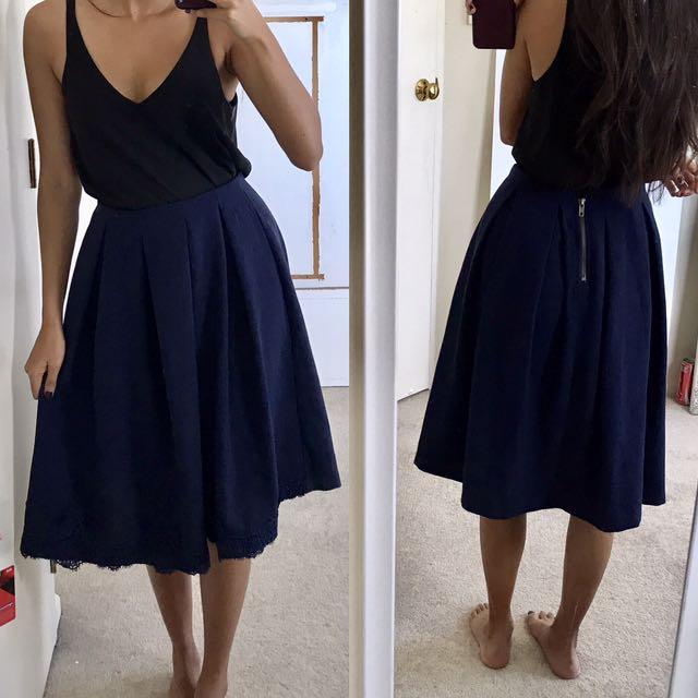 Size 6 Mid Length Navy Skirt