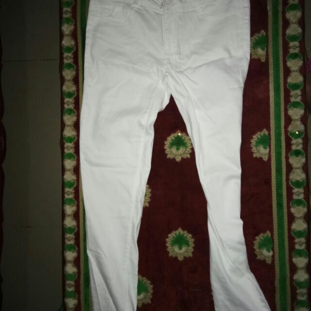 Slightly strechy pants black ang white
