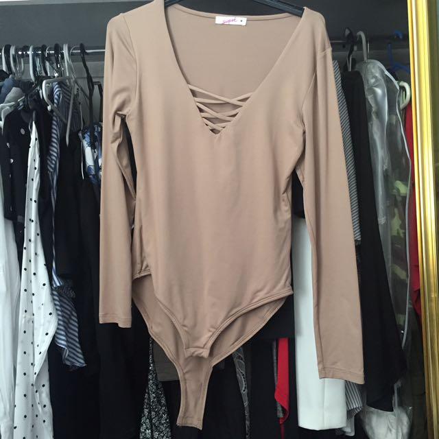 Suprè Nude Bodysuit Plunge Neck - Medium