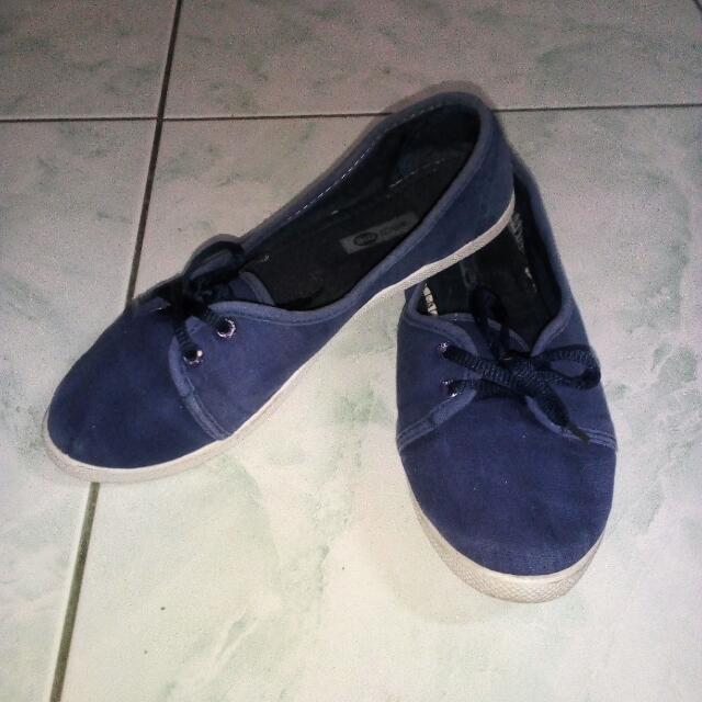 Wear me Blue Shoes
