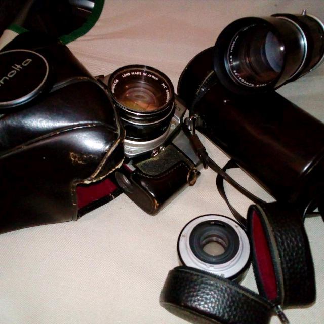 WORKING ANTIQUE:Minolta SLR Camera And 3 Lenses
