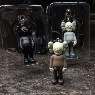進貨了! 實拍現貨 KAWS Original Fake 鑰匙扣 公仔 模型 收藏