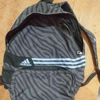Adidas 運動後背包