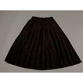 UNIQLO Black Pleated Long Skirt