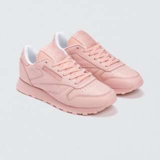 Classic Leather Pastel Shoe