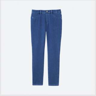 UNIQLO CROPPED DENIM LEGGING PANTS (Blue)