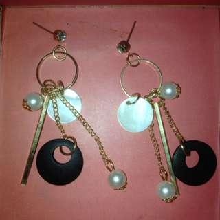 Anting Fashion Korea Earrings