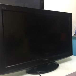TV Panasonic 32' Inch LCD