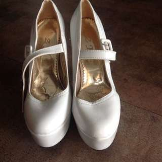 White Platform Pumps