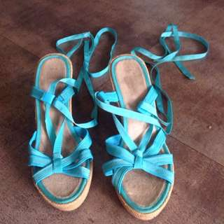 Blue Wrap Wedges