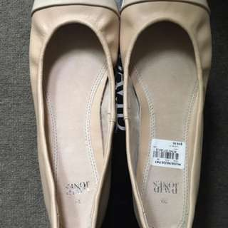 David Jones Nude Flats Size 9