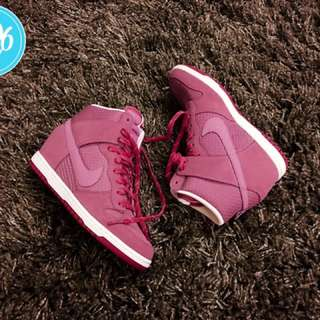 Nike Woman Dunk Sky Hi Essential