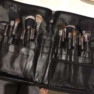 Paintbox Cosmetics Make Up Belt With Brushes