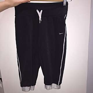 Nike 3/4 Sport Leggings