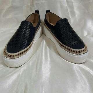 Sepatu Slip On NEVADA