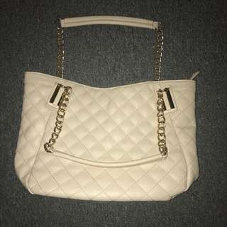 Colette Hayman Handbag Purse Cream / Beige & Gold Detailing with Pockets, Zips & lots of room