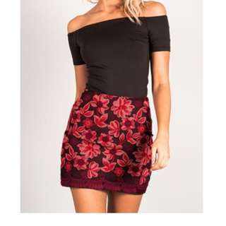 Embroidered Mini Skirt Size 8