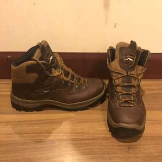 GORE-TEX 登山鞋(US12)