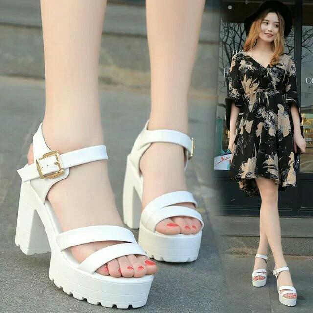 白色厚底高根羅馬鞋