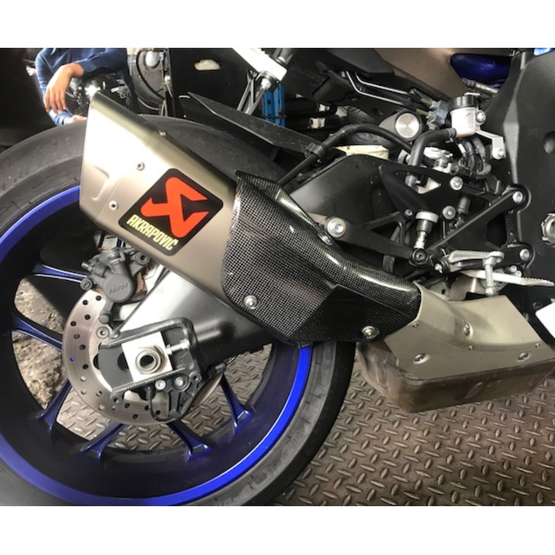 NEW Akrapovic Exhaust Slip On For Yamaha R1 2015 In Stock