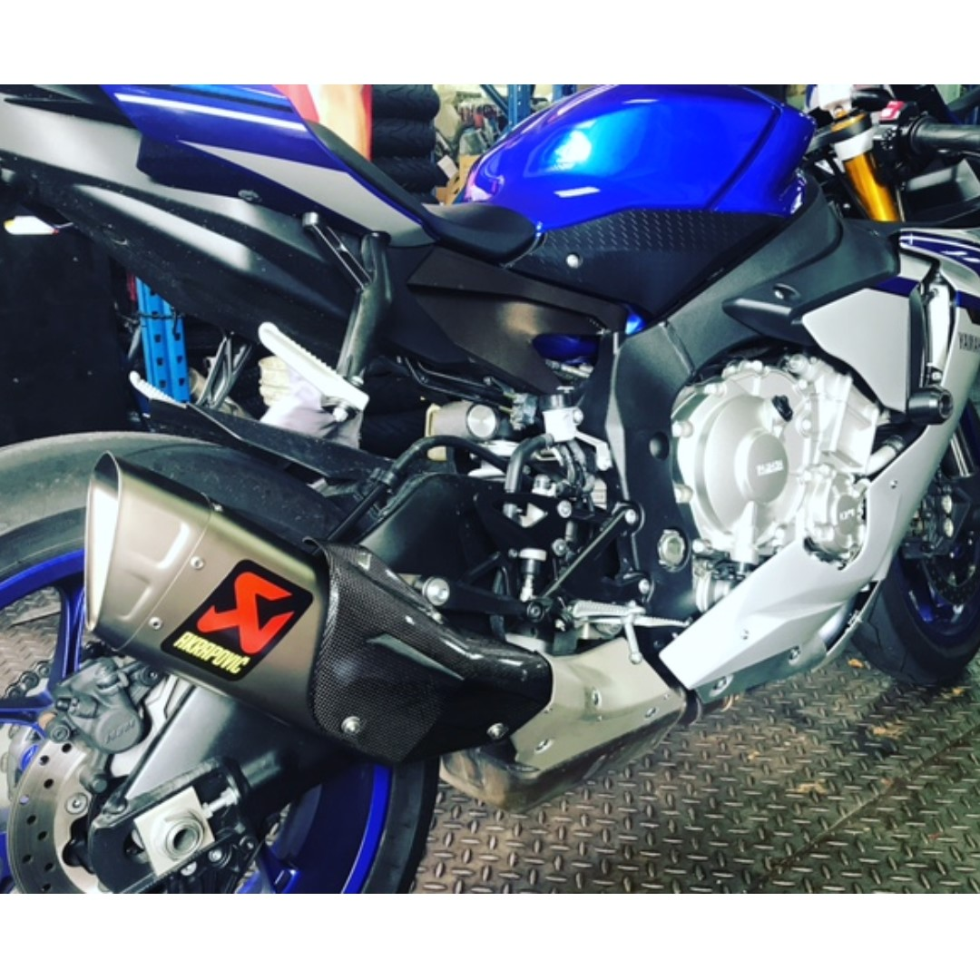 NEW Akrapovic Exhaust Slip On For Yamaha R1 2015 In Stock Motorbikes Motorbike Accessories Carousell