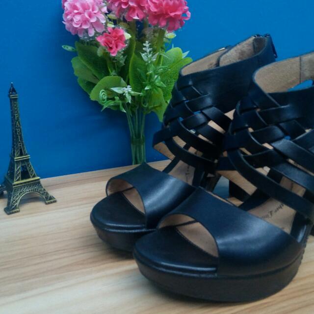 Authentic Euro SOFFT Platform Shoes