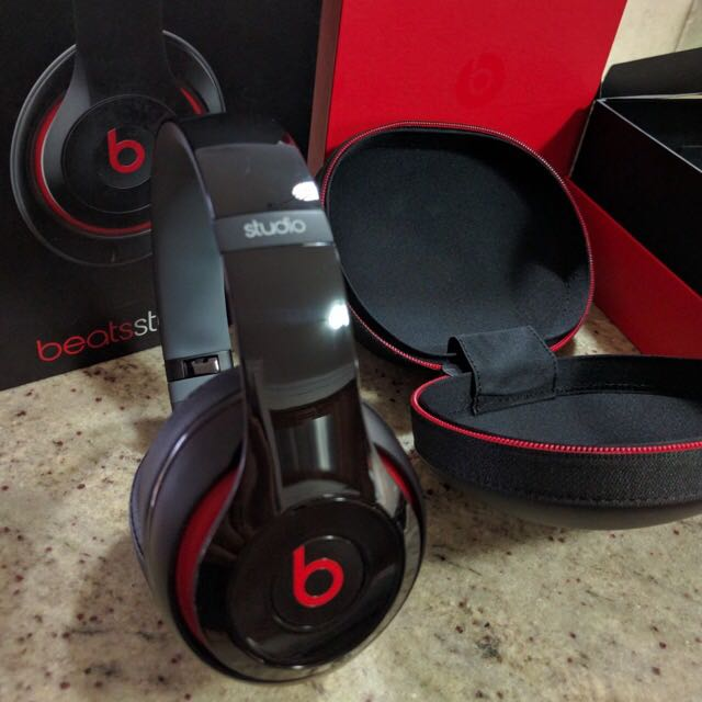 Beats By Dr. Dre Noise Cancelling Headphones