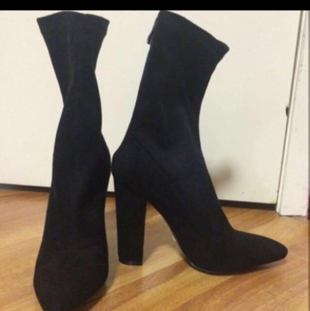 Billini Octavia Black Suede Boots