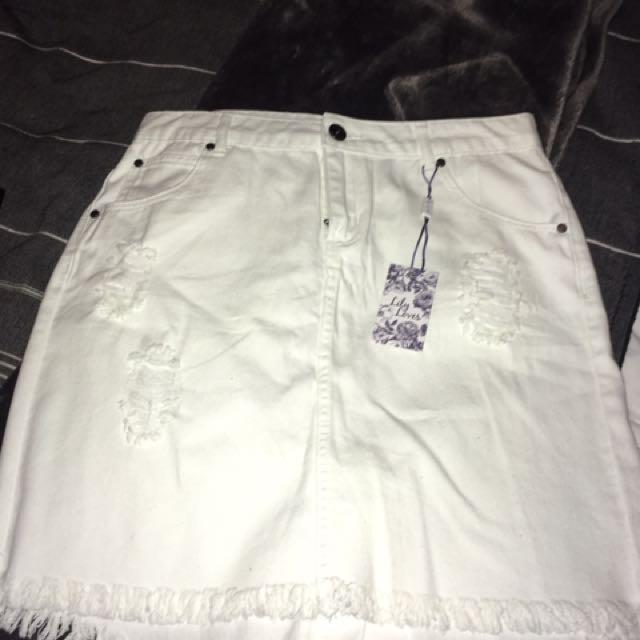 BRAND NEW White Skirt