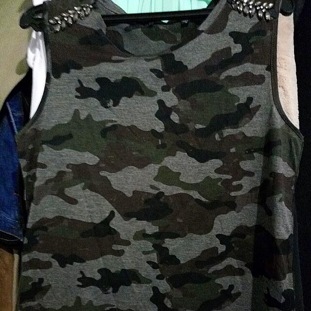 Dex Army Print Sleeveless Top