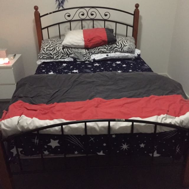 Double Bed With Mattress, Bed Sheet And Pillow With Pillow Cover