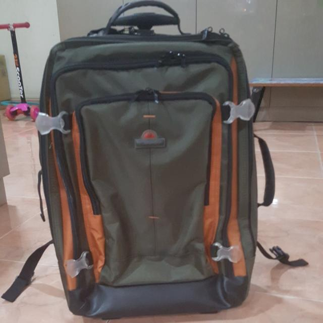 939a90678 Eminent Backpack with wheels, Men's Fashion, Bags & Wallets on Carousell
