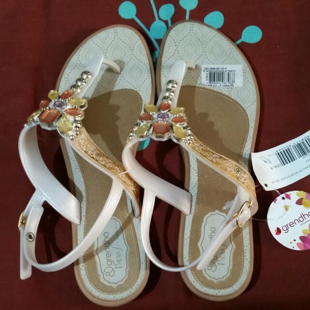 Grendha Sandals Size 9