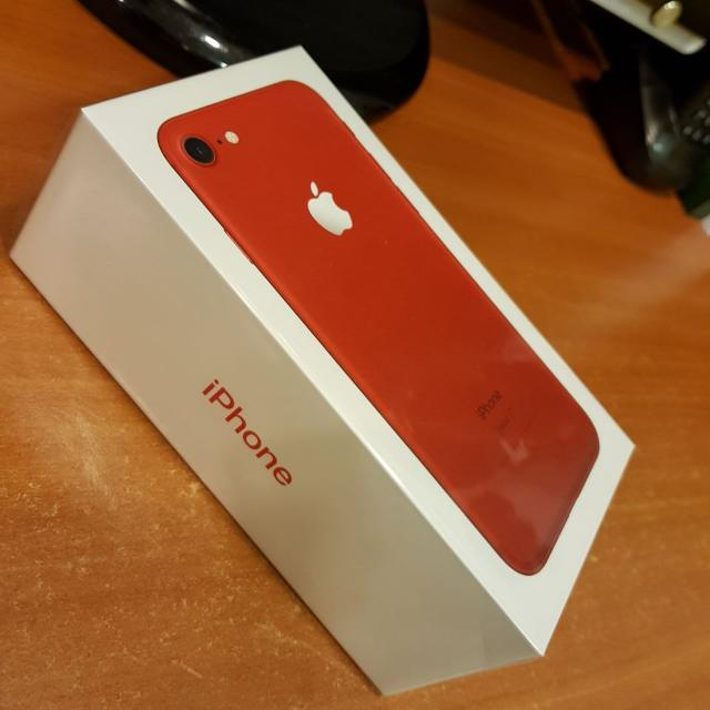 iPhone 7 Red 128GB BRAND NEW