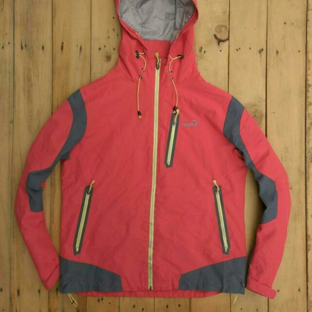 Jaket Outdoor Waterproof
