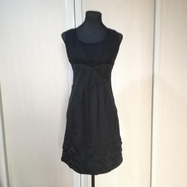 Large Black Dress